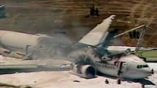 Video Asiana Airlines Crash: The 7 Seconds of Horror on Flight 214 MP3, 3GP, MP4, WEBM, AVI, FLV Juli 2019