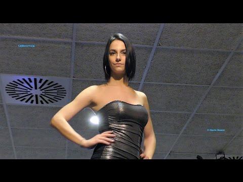 The Queen of the Fashion Night Sfilata in Casual e Abito Elegante-Maerne
