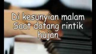 Video Iwan Fals_Yang Terlupakan (Denting Piano)_Lyric.wmv MP3, 3GP, MP4, WEBM, AVI, FLV September 2017