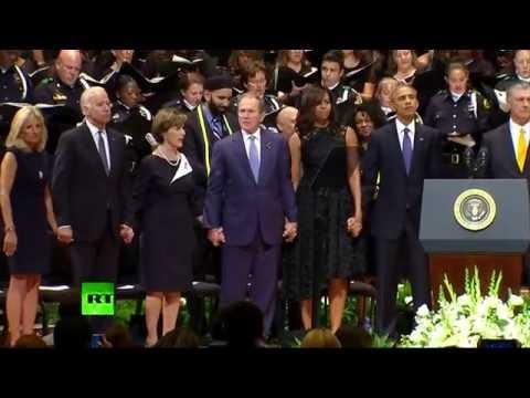 Джордж Буш устроил танцы на похоронах полицейских