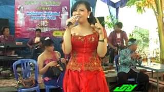 Video Dikiro Preman by JUNIOR MP3, 3GP, MP4, WEBM, AVI, FLV Agustus 2018