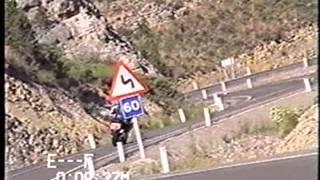 5. 2001 Yamaha FZ1 Official Tech Video