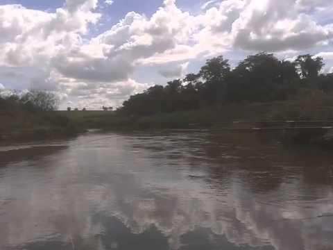 Pescaria em Marinópolis, rio São José dos Dourados