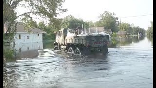 Nonton Marines Truck Waterto Texas Flood Victims Film Subtitle Indonesia Streaming Movie Download