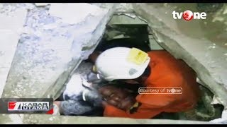 Video Dramatis! Detik-detik Penyelamatan Korban Gempa dari Runtuhan Gedung MP3, 3GP, MP4, WEBM, AVI, FLV Oktober 2018