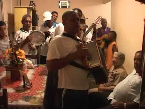 Folia de reis em Minas Gerais - Inhaí, Diamantina, Minas Gerais (MG), Brasil Num pequeno povoado das Minas Gerais, localizado ao norte da sede de Diamantina, as manifestações religiosas aco...