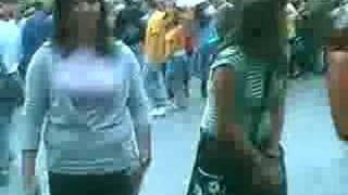 Download Lagu batuka con laura,jessica y cristi Mp3