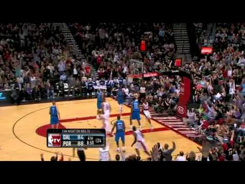 Rudy Fernandez to LaMarcus Aldridge's alley-oop dunk