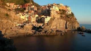 Riomaggiore Italy  city photos gallery : Riomaggiore & Manarola, Italy