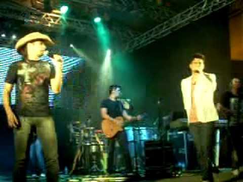 João Carreiro e Capataz Show em Realeza Pr 12 11 2010parte 3