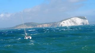 Yacht disabled with broken rudder, gone to anchor close to the Shingles bank in heavy seas. Credit: RNLI
