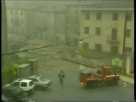 Cardoso - sono passati 15 anni....ma il ricordo è sempre vivo... l'alluvione colpi principalmente il paese di Cardoso e Fornovolasco al di là del Monte Forato...ma inv...