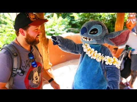 Stitch Stole My Hat!! - Disneyland Paris Impressions