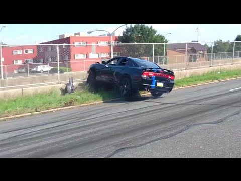 When Burnouts go Horribly Wrong: Dodge Charger Edition