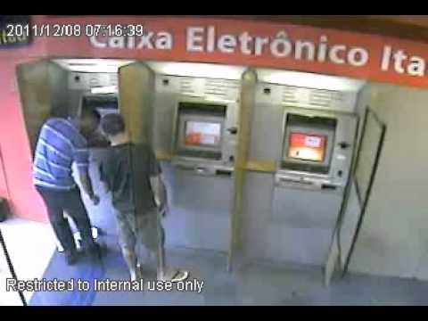 Vídeo registra reação de militar a assalto a banco em Goiânia (GO)