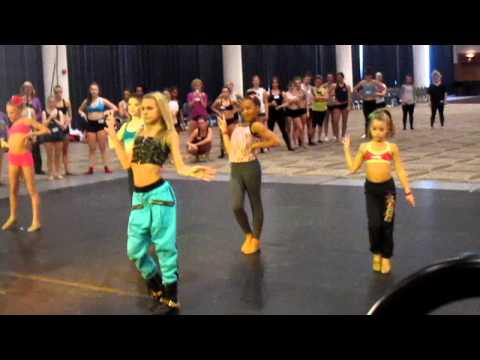 WILD Detroit Ade's combo – Alyssa dances with the kids from Dance Moms