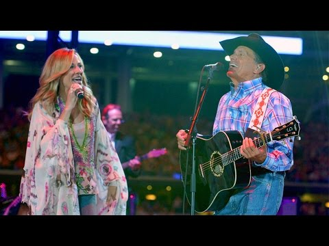 """George Strait & Sheryl Crow - """"Here For a Good Time"""" (Live, 2014)"""