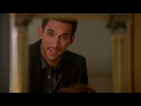Devious Maids S02E02 The Dark at the Top of the Stairs