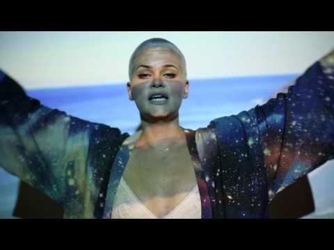 Etta Bond shares '4U' video