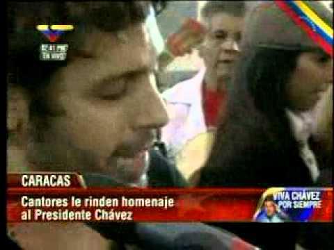 Florentino Primera le canta a Chávez ante su féretro