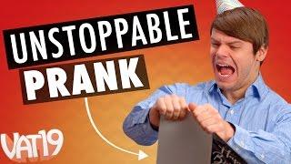 Prank Card Glitter Bomb Trap!