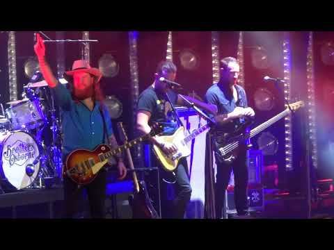 "Brothers Osborne In Kansas City ""Shoot Me Straight"" 6/09/18"