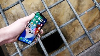 Video Dropping an iPhone X Down 4000 FT Deep Hole! - What's In There? MP3, 3GP, MP4, WEBM, AVI, FLV September 2018