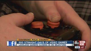 Video Video gamers nearing 500 days of 24/7 game playing MP3, 3GP, MP4, WEBM, AVI, FLV Juni 2018