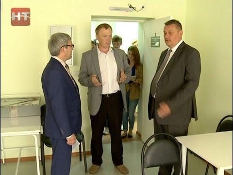 Вице-губернатор Александр Смирнов проинспектировал работу филиала детской поликлиники № 3