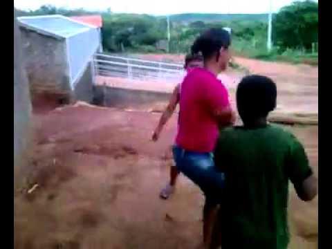Kkkkk muito bom Claudio freire brigando licinio de Almeida