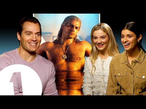 """It's very iconic!"" The Witcher's Henry Cavill on *that* bath scene, Geralt's voice and meeting fans"