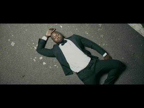 Fanny - Le nouveau clip de warren .... Real:Armel nkuindji Chef op:Mathieu Misiraca Stylisme:Gregory Ambroisine Hair:Eric Alexis Rosso Make up: Carla Dias Assistant:...
