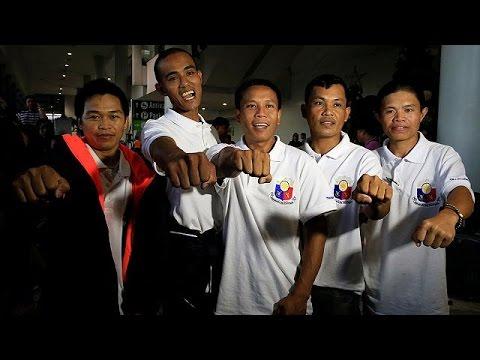 Φιλιππίνες: Επέστρεψαν πέντε ναυτικοί όμηροι Σομαλών πειρατών – world
