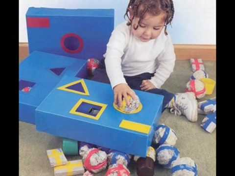 Sucata vira brinquedos e jogos educativos