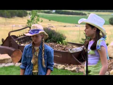 caballos salvajes - Una historia sobre dos muchachas, CJ y Hanna. CJ vive en un rancho, Hanna viene para visitar y decide fotografiar caballos salvajes para un proyecto de la es...