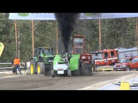 Tractorpulling - Kooste Nurmeksessa ajetusta kauden viidennestä tractor pullingin SM-osakilpailusta.