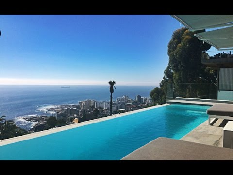 Top Billing invites you into the home of a globetrotting model