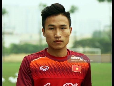 Xuân Trường nhắc đàn em Triệu Việt Hưng cần đá nhanh hơn tại U23 Việt Nam - Thời lượng: 6 phút, 16 giây.