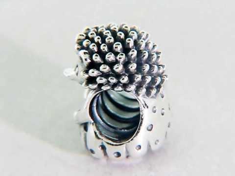 Pandora Miss Hedgehog Charm 791179
