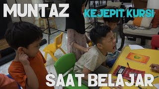 Video Muntaz Kejepit Kursi saat Belajar MP3, 3GP, MP4, WEBM, AVI, FLV November 2018
