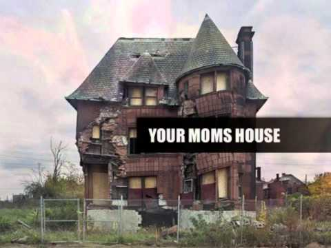 Your Mom's House #004 - Christina Pazsitzky & Tom Segura