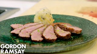 Video Sneak Peak Of Gordon Ramsay's Lucky Cat Restaurant MP3, 3GP, MP4, WEBM, AVI, FLV Mei 2019