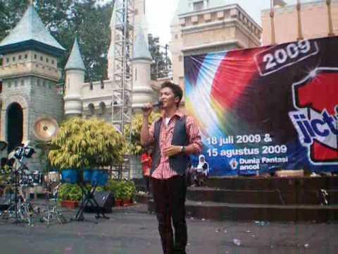 Ihsan Idol - DIA (live @ Dufan, Ancol)