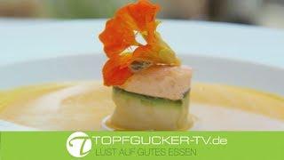 Hokkaido-Kürbissuppe mit Jacobsmuschel- Lachstörtchen | Rezeptempfehlung Topfgucker-TV