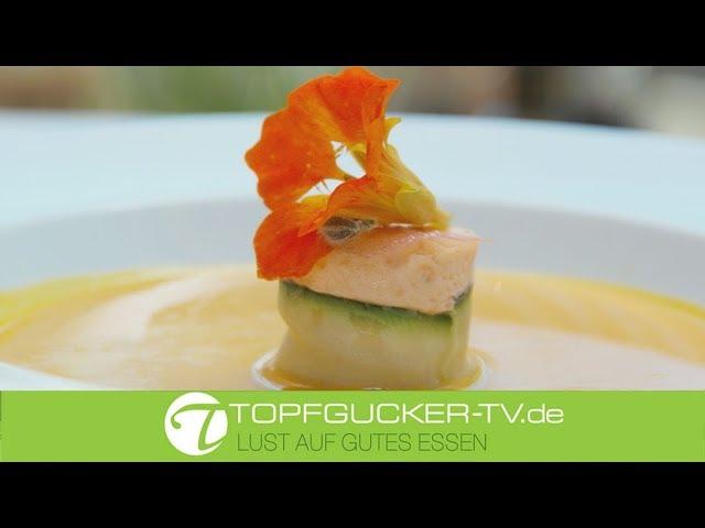 Hokkaido-Kürbissuppe mit Jacobsmuschel- Lachstörtchen   Rezeptempfehlung Topfgucker-TV