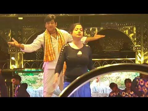 Video Romantic Odia jatra love song 2018 | Sart hajichi sana das ra | Jatra Indrabhuban download in MP3, 3GP, MP4, WEBM, AVI, FLV January 2017