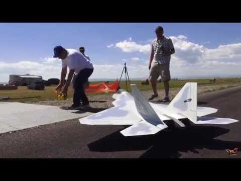 RC ADVENTURES – Lockheed Martin F-22 RAPTOR