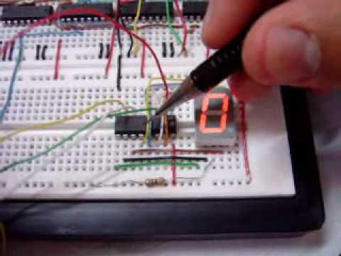 Display 7 segmentos - Neste vídeo, mostramos o comportamento do CI 7447 da família TTL, o qual é um conversor de código BCD (binary coded decimal) para display de 7 segmentos. Dat...