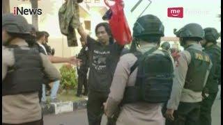 Video 145 Teroris Menyerah Tanpa Syarat Pasca Diberikan Ultimatum oleh Polisi - Special Report 10/05 MP3, 3GP, MP4, WEBM, AVI, FLV Agustus 2018