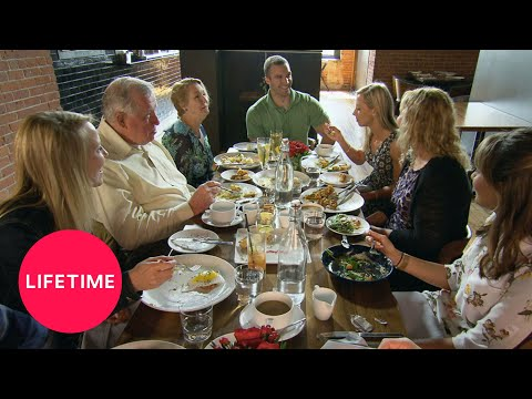 Married at First Sight: Jonathan and Molly Enjoy Each Others' Families (S6, Ep3) | Lifetime